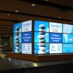 digital signage airport luggage collection
